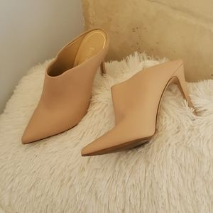 Shoes nude slip on